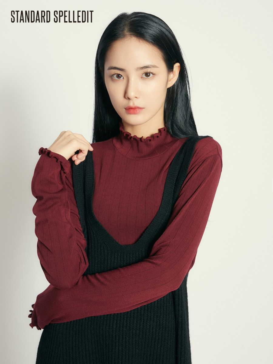 Ruffle High-Neck L/S Tee
